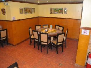 Kokomos Hotel & Restaurant Angeles / Clark - Restaurant