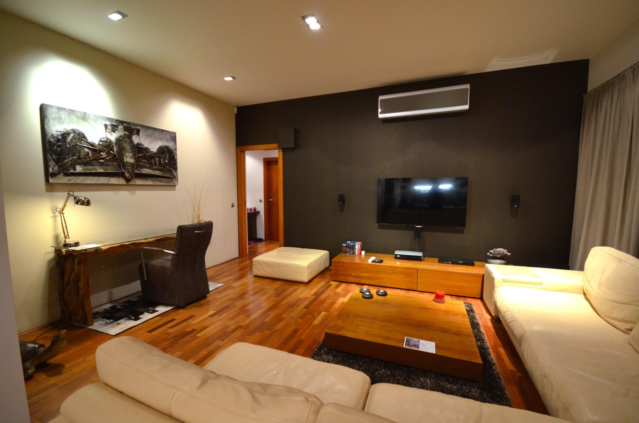 Grand Luxury Apartment Attic Vladislavova