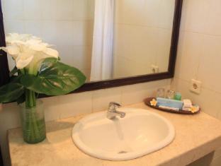 Puri Dalem Sanur Hotel Bali - Fürdőszoba