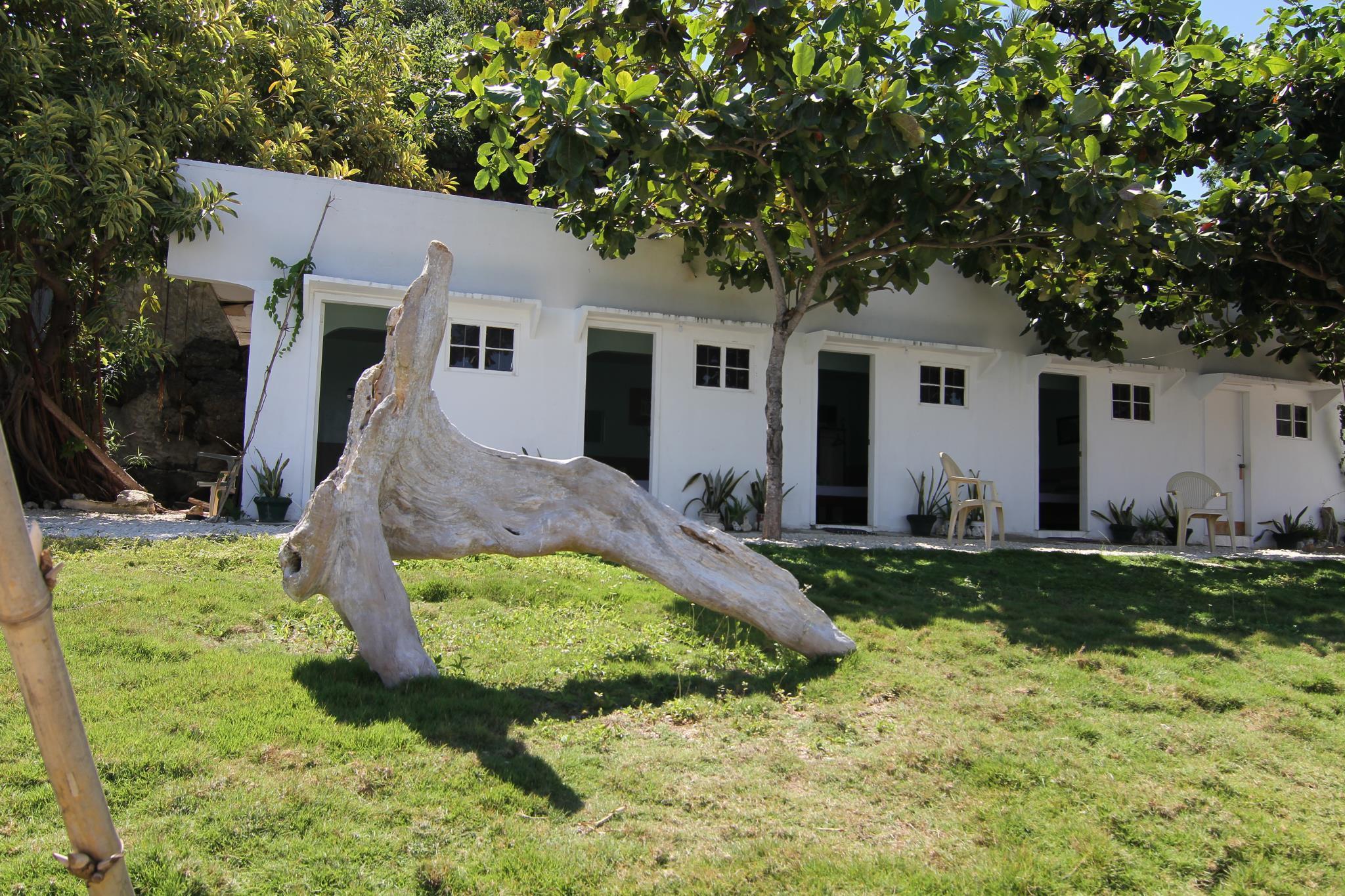 Villa Agatona Garden Beach Resort