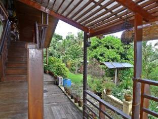 Mountain's Bay Guest House and Spa Puerto Princesa City - Balcony/Terrace