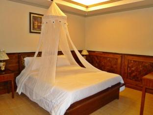 Mountain's Bay Guest House and Spa Puerto Princesa City - Suite
