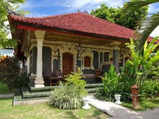 Sukun Bali Cottages באלי - מרפסת
