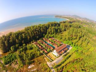 L'esprit de Naiyang Beach Resort Пукет - Изглед