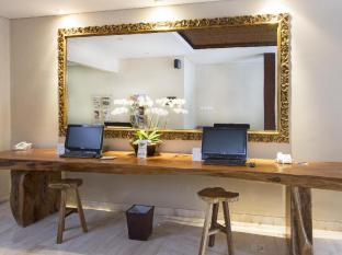 Amadea Resort & Villas Seminyak Bali Bali - Internet Corner