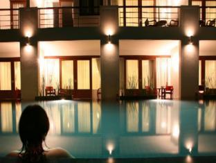 Tea Tree Spa Resort Phuket - Swimming Pool