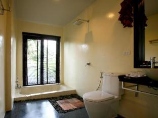Tea Tree Spa Resort Phuket - Bathroom