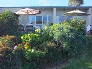 Inlet Views Holiday Lodge Motel