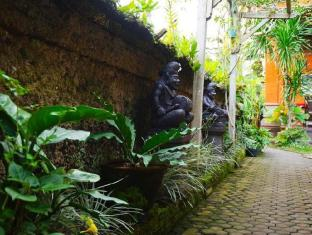 Desak Putu Putera Homestay Μπαλί - Κήπος