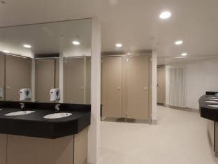 Generator Hostel Dublin Dublin - Bathroom