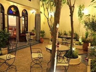 池利法花園庭院旅館