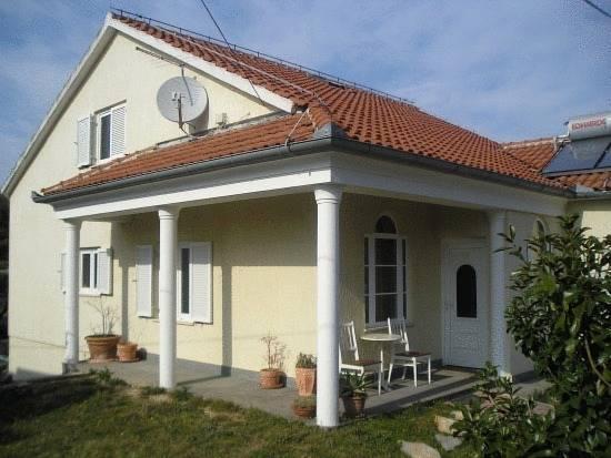 Villa Mandolina Apartments