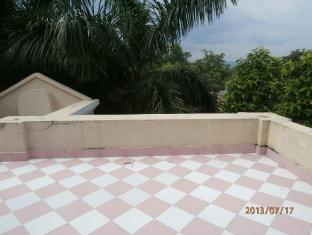 Hotel Parkside Chitwan - Balcon/Terrasse