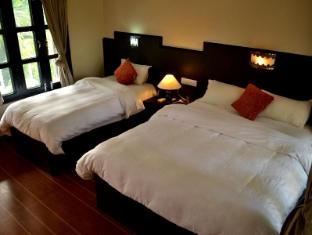 /lt-lt/rhino-lodge-hotel/hotel/chitwan-np.html?asq=rj2rF6WEj8aDjx46oEii1KafzyGzQOoHvdtGu%2bQTQQpW8pun%2fIMgF4eKHszSWQe3k%2frBhTGPmtaTWsnmUqKcNi62oGI%2brQ9kfXUR%2bMxtJIintbLU8yWEqWP9WecFwWsy