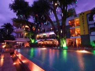 Angelyn's Dive Resort