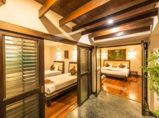 Phuket Kata Resort Phuket - Külalistetuba