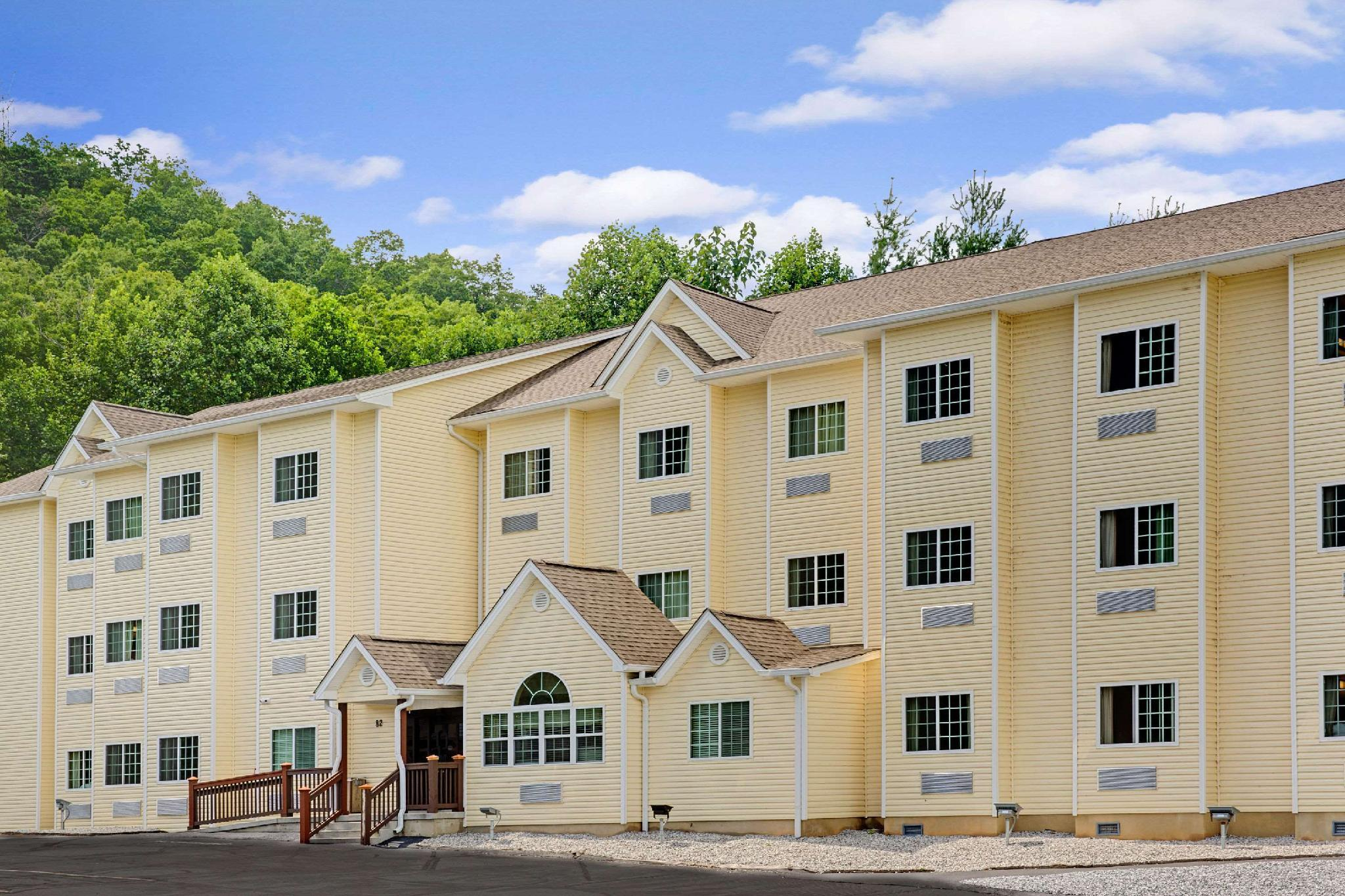 Microtel Inn And Suites By Wyndham Bryson City