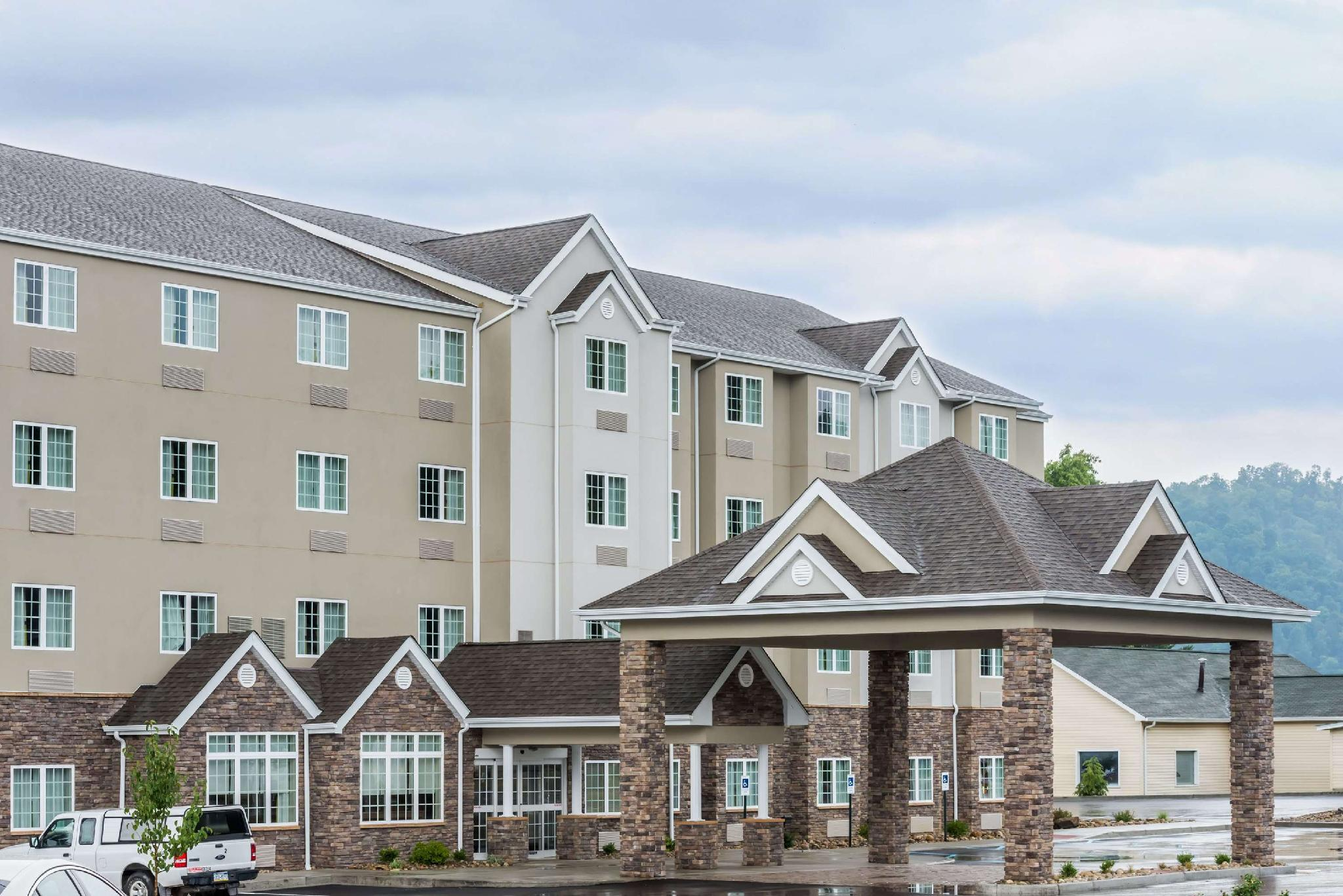 Microtel Inn And Suites By Wyndham New Martinsville