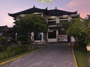 Sanur Avenue Bali - Hotel z zewnątrz