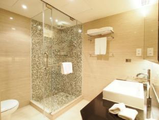 The Bauhinia Hotel - Central Hong Kong - Bagno