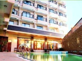 Sunview Place Pattaya - Swimming Pool