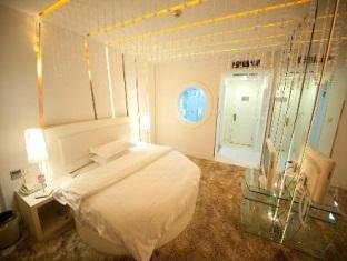 Price Super 8 Hotel Hangzhou Chengzhan