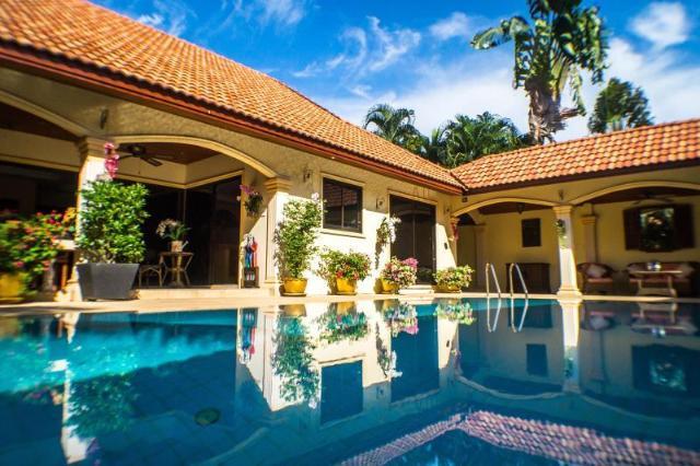 โคโคนัท พาราไดซ์ วิลลาส์ – Coconut Paradise Villas