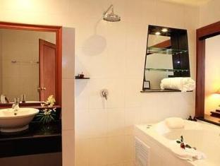 Layalina Hotel Phuket Phuket - Bathroom