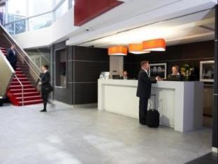 Quest Bondi Junction Serviced Apartments Sydney - Reception