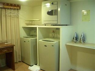 Friends Hotel Yoxing Regency Taipei - Laundry Room