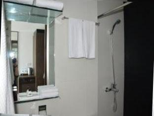 Cityscape Hotel Mandaue City - חדר אמבטיה