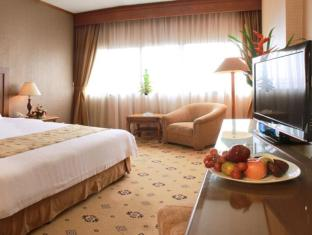 Danau Toba Hotel International Medan - Guest Room