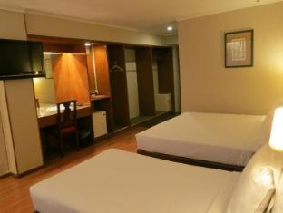 Mirama Hotel Kuala Lumpur Kuala Lumpur - luxury triple