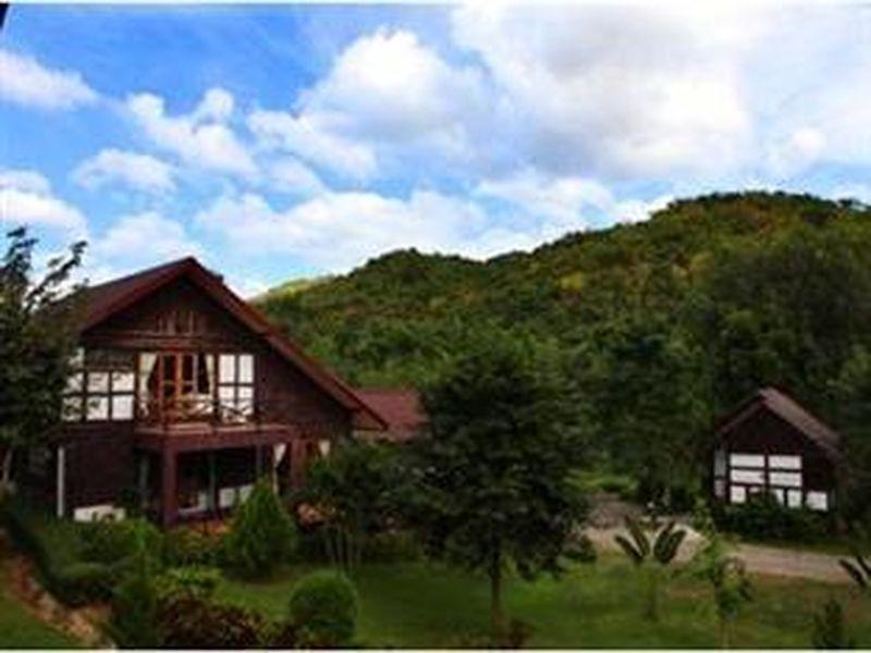 Saitharn Iyara Resort &Spa สายธารไอยรา รีสอร์ท แอนด์ สปา