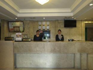 Cherry Blossoms Hotel Manila Manila - Resepsiyon