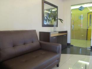 Maya Residence Inn Manila - Lobby