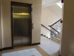 Maya Residence Inn Manila - Elevator