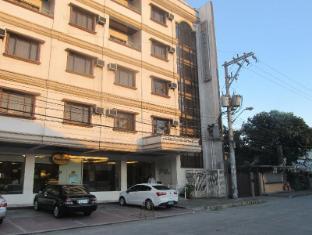 Maya Residence Inn Manila - Hotel Facade