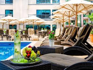 Golden Sands Hotel Apartments Dubai - Swimming Pool - Golden Sands 3