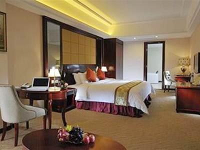 Price Vienna Hotel Pinghu Plaza Branch