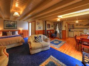 Old Wesley Dale Heritage Accommodation