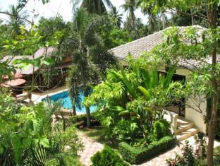 Samui Baan Sukreep Resort