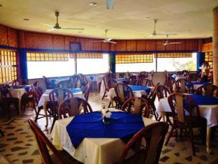 Quo Vadis Dive Resort Моалбоал - Ресторан