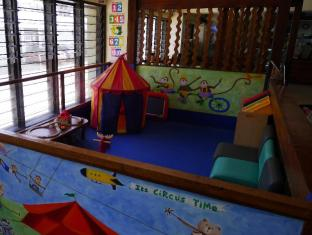 West Gorordo Hotel Cebu City - Club infantil