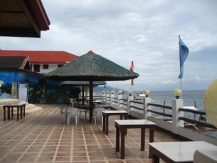 Cabana Beach Resort Moalboal - Surroundings
