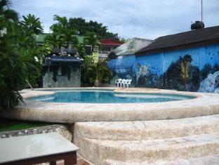 Cabana Beach Resort Moalboal - Swimming Pool