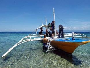 Cabana Beach Resort Moalboal - Sports and Activities
