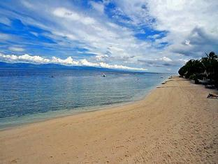 Ravenala Resort Moalboal - Beach