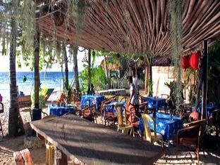 Ravenala Resort Moalboal - रेस्त्रां