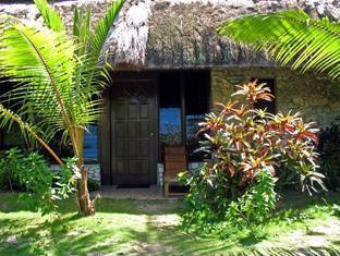 Ravenala Resort Moalboal - Family Room Exterior
